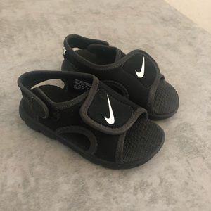 Nike Shoes | Nike Velcro Toddler